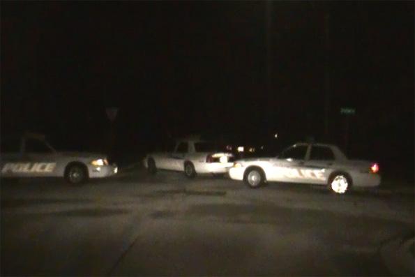 Arlington Heights Police road block Harvard and Elm