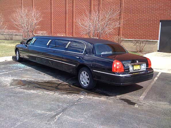 stretch-limo-break-in