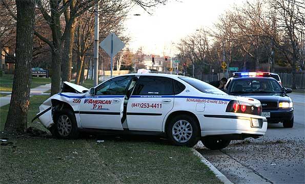Taxi cab crash into tree