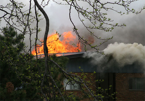 12-oaks-fire-on-roof