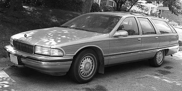 Buick-Roadmaster-Wagon9196