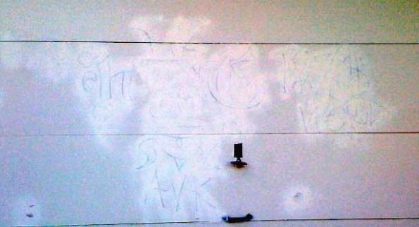 Gang-graffiti20090710