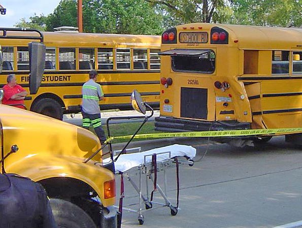 BG-Bus-Crash-rear-damage