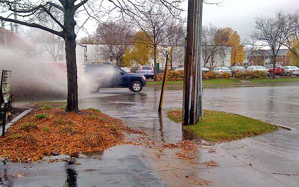 Semi-flood-splash