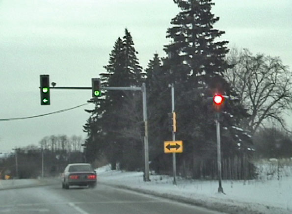 Red-GreenStoplight3Rte68