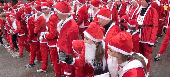 Santa 5K Run Starting Line