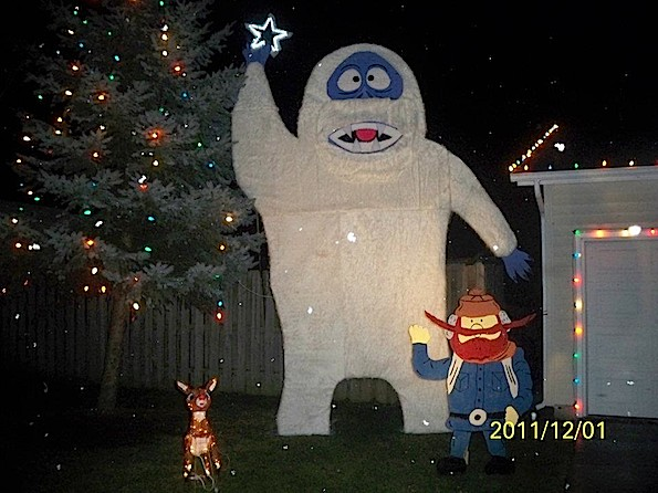 Christmas holiday decorations from arlington heights and for Abominable snowman christmas light decoration
