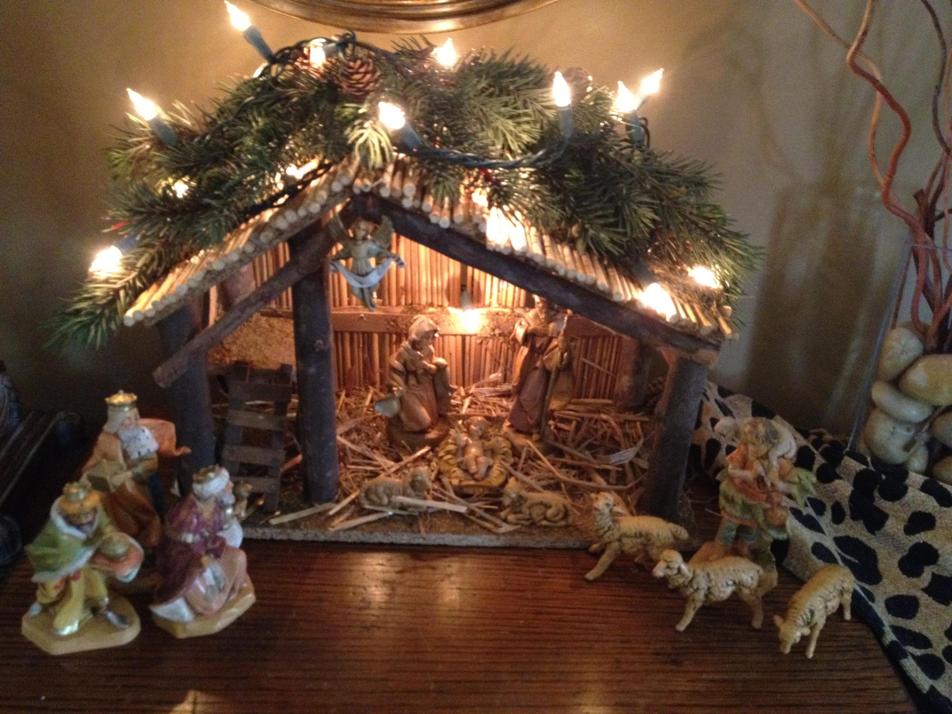 Creche Nativity Scenes And Art Of The Nativity The Cardinal