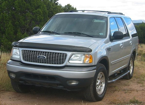 FordExpeditionSilver2002