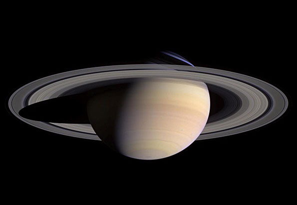 Saturn rises just before sunrise in December 2015.