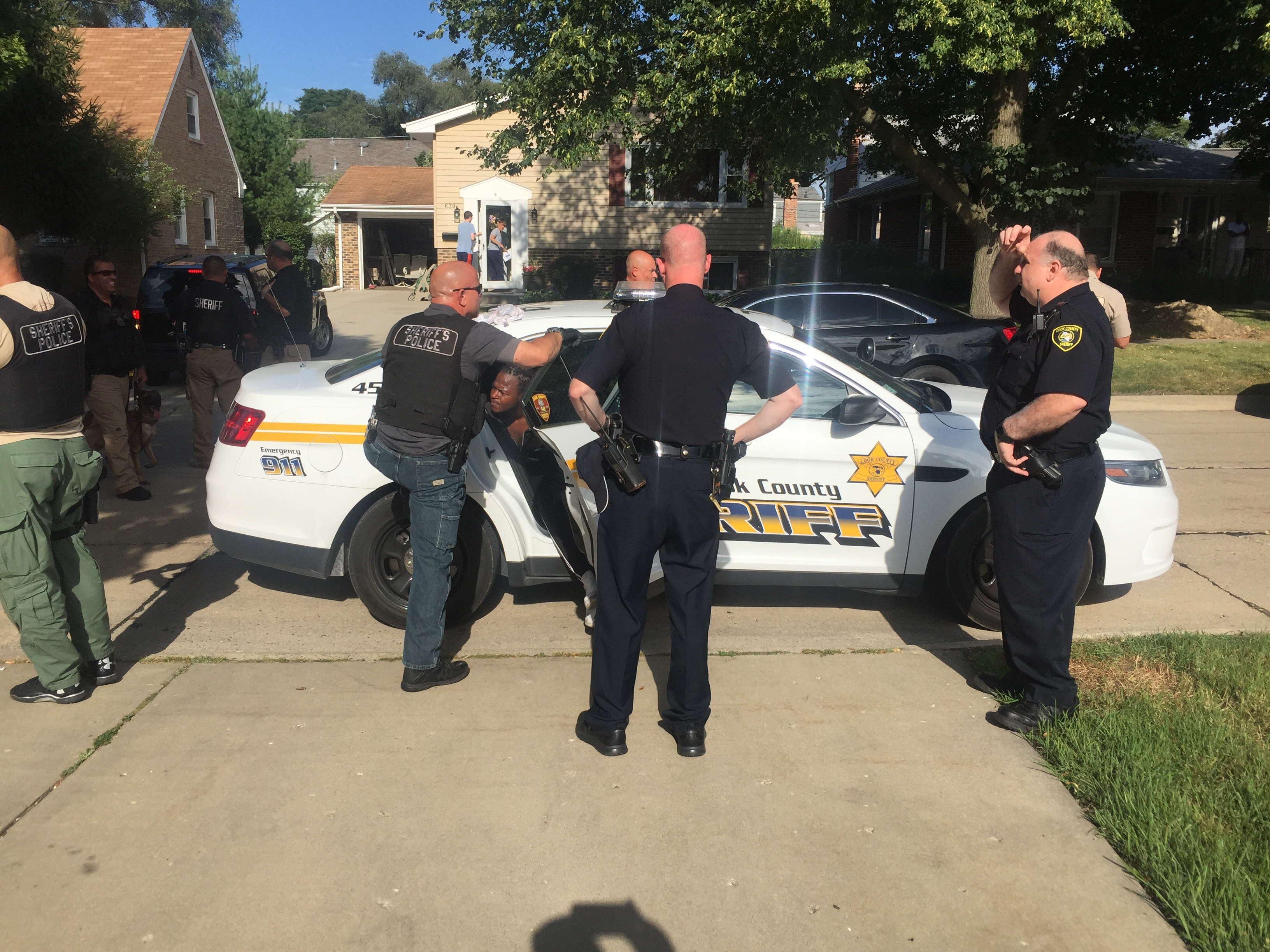 police capture escaped prisoner from cook county courthouse rolling meadows at euclid and wilke