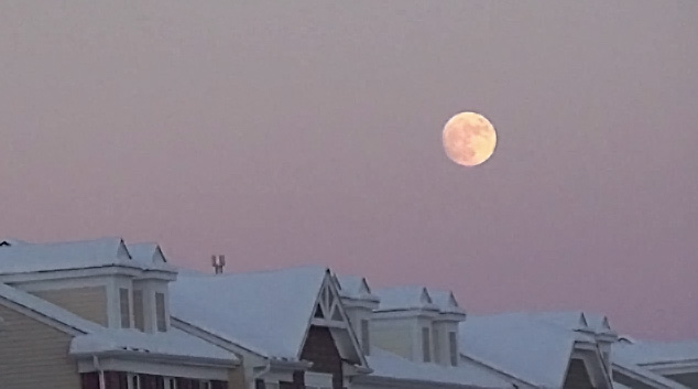 Super Moon Eve Moon Rise December 12, 2016