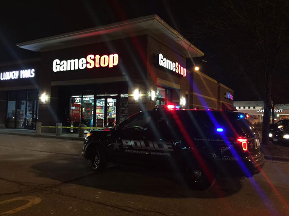 Arlington Heights police at GameStop robbery.