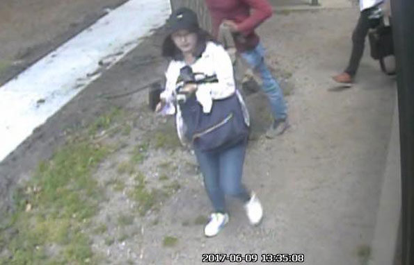 Yingying Zhang outside bus University of Illinois
