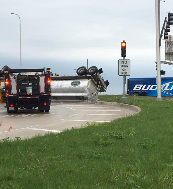 Rollover Tanker with ethanol leak on Elmhurst Road unincorporated Des Plaines
