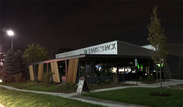 shake shack schaumburg opening tuesday october 8 2019 on golf rd woodfield s north side cardinal news shake shack schaumburg opening tuesday