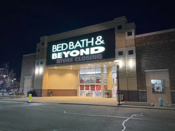 Bed Bath & Byond closing in Mount Prospect Village Randhurst location
