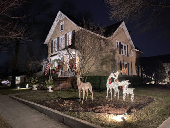 House with Christmas decoration Arlington Heights.