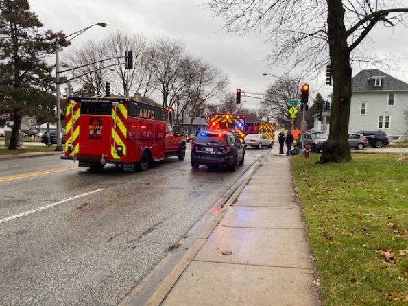 3-vehicle crash at Arlington Heights Rd and Euclid Ave Arlington Heights with northbound Arlington Heights Rd blocked