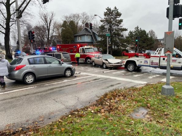 3-vehicle crash at Arlington Heights Rd and Euclid Ave Arlington Heights.