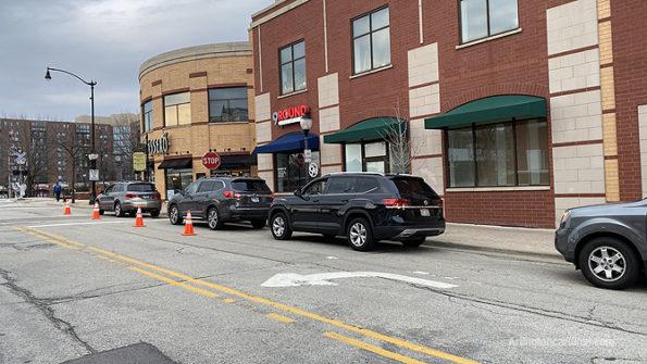 Pasero curbside pickup in Arlington Heights