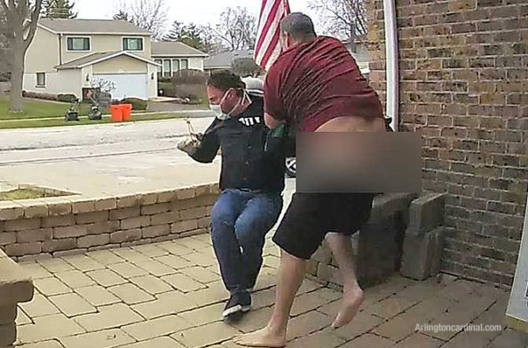 Homeowner overpowers one offender (SOURCE: Ring.com)