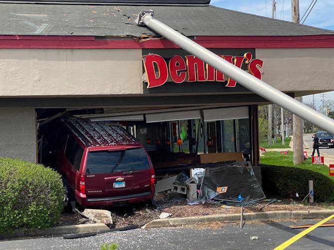 Minivan crash into Denny's Arlington Heights