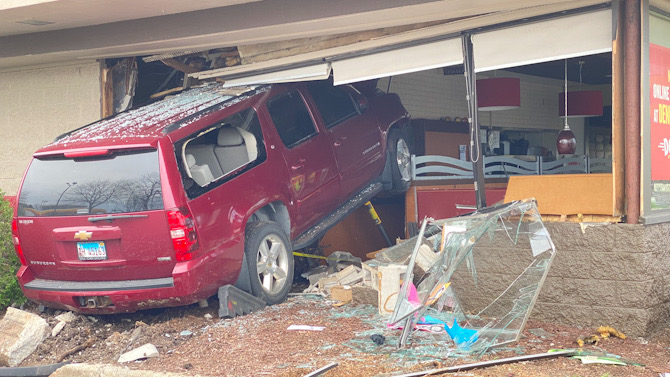 Driver of Chevy Suburban crashes into Denny's Arlington Heights