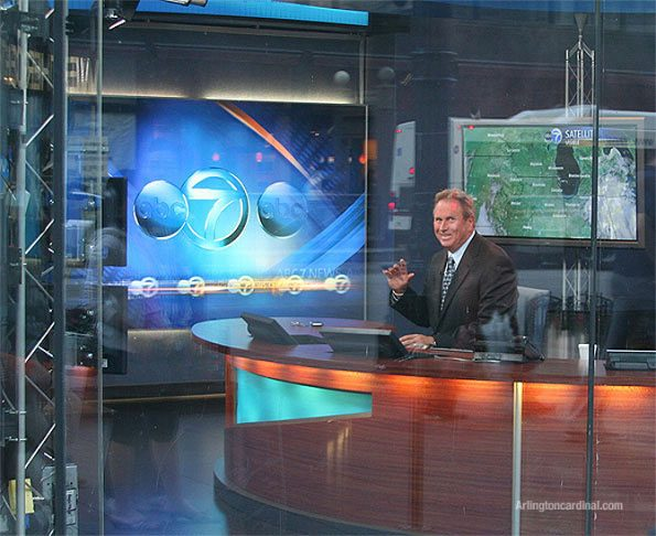 ABC 7 Chicago's Jerry Taft waving while joking through the studio window what a 'big deal he is' with all his weather technology (September 2009)