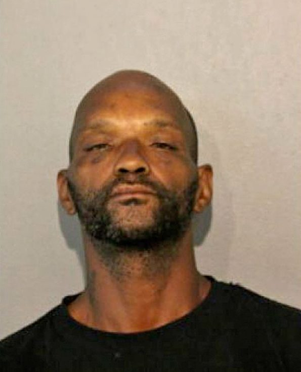 Tony Davis, aggravated battery and robbery suspect, Chicago