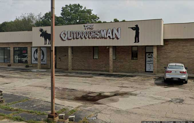 Outdoorsman gun store, Winthrop Harbor (Image capture September 2019 ©2020 Google)