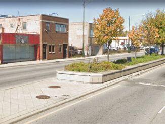 Wrong-way driver was headed for impact with this boulevard planter on Cicero Avenue before veering left and hitting a Cadillac Escalade head-on (Image capture: October 2019 ©2021 Google)
