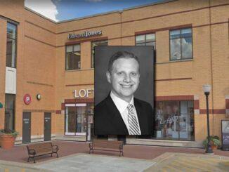 Brian Mueller financial advisor at Edward Jones, 21 South Evergreen Avenue in Arlington Heights (Google Street view Image capture October 2018 ©2021 2021)