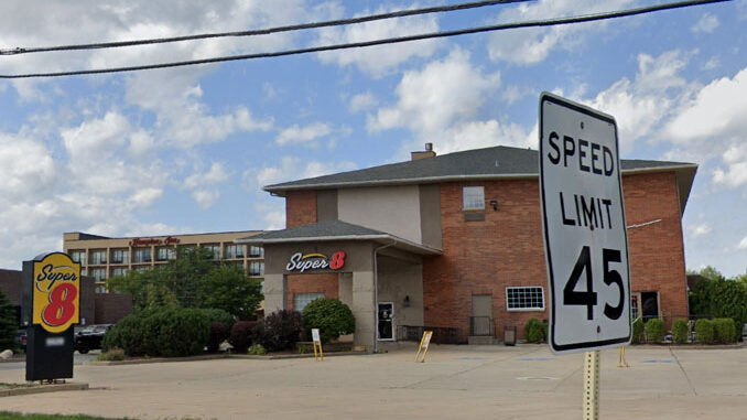 Super 8 on Grand Avenue (Route 132) near Dilley's Road in Gurnee (Google Street View Image Capture: August 2019 ©2021 Google)