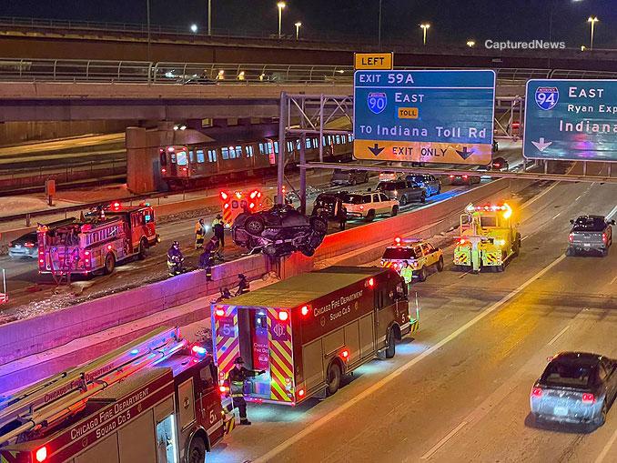 Fatal crash on the Dan Ryan Expressway looking south toward the Wentworth Avenue bridge (PHOTO: CapturedNews)