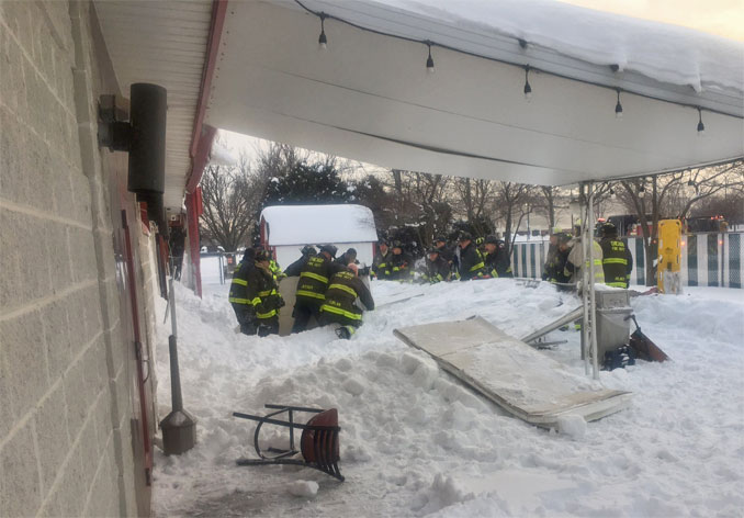Fatal canopy collapse at Hawthorne Club on Corliss Avenue Chicago (SOURCE: Chicago Fire Department)