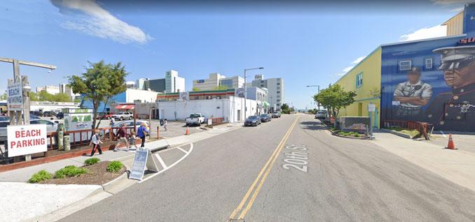 20th Street west of Atlantic Avenue near Nightmare Mansion in Virginia Beach (Image capture April 2019 ©2021 Google)