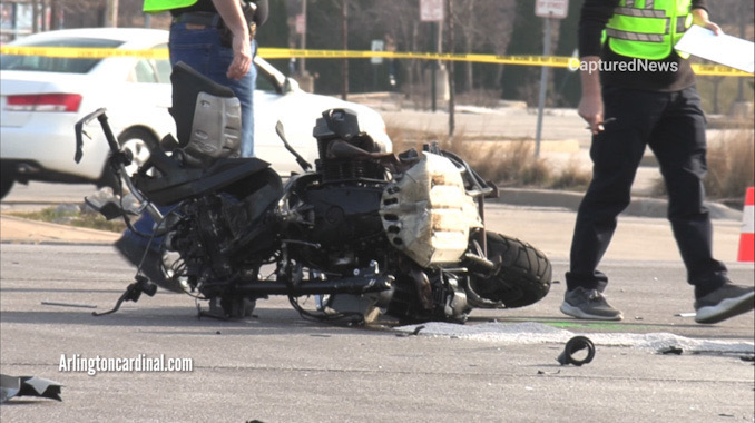 Wrecked motorcycle at Golf Road and National Parkway in Schaumburg