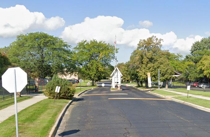 Prairie View Court gate in North Chicago (Image capture September 2018 ©2021 Google)