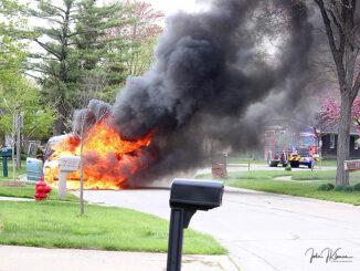 Minivan fire in Buffalo Grove Tuesday, April 27, 2021 (PHOTO CREDIT: J Kleeman)