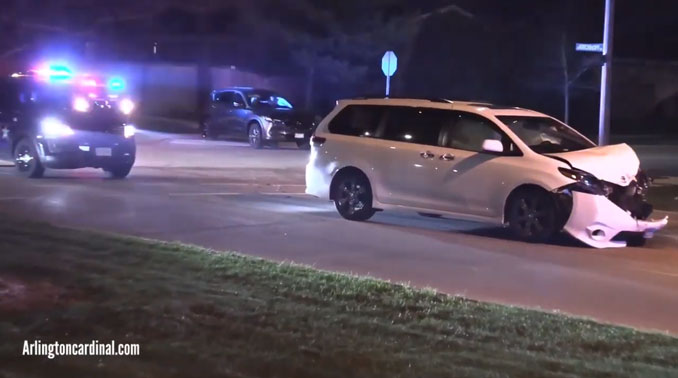 Crash Dwyer Avenue and Kirchhoff Road in Arlington Heights
