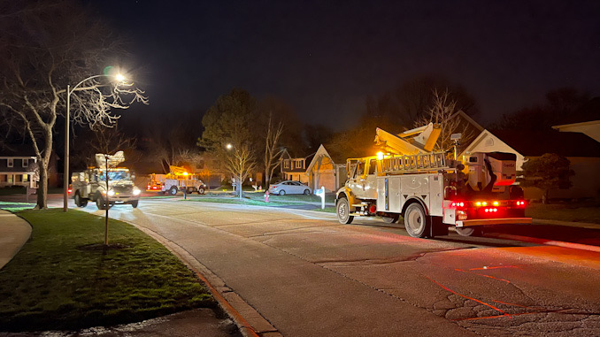ComEd crews working on Weston Drive in Arlington Heights Thursday April 1, 2021