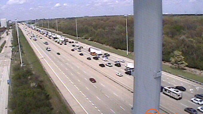 IDOT traffic camera at Schaumburg Road shows traffic on northbound Route 53 south of Higgins Road (SOURCE: IDOT)