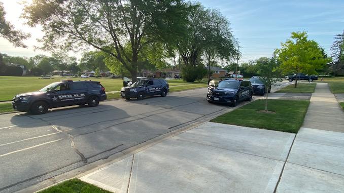 Single vehicle crash, SUV vs tree at Dwyer Avenue and Campbell Street Arlington Heights