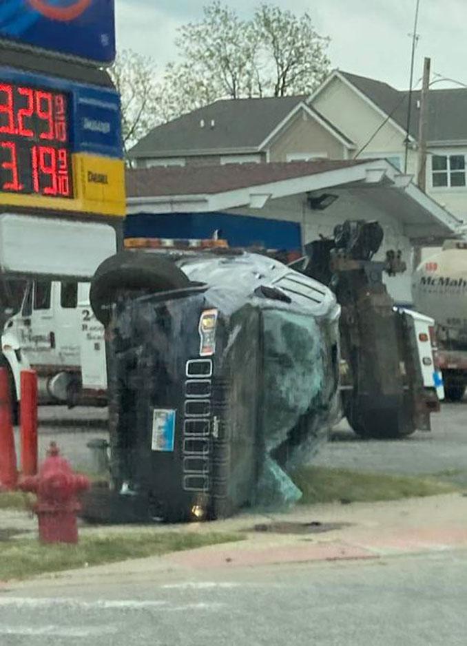 Jeep rollover at crash at Quentin Road and Palatine Road Monday, May 17, 2021