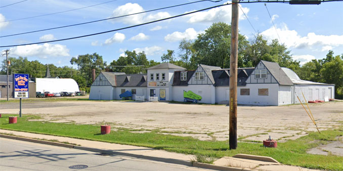 Just for Fun Roller Rink, 914 North Front Street in McHenry (Image Capture August 2019)