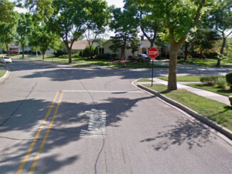 Kennicott Drive and Techny Road Arlington Heights (Image capture May 2012 ©2021 Google)
