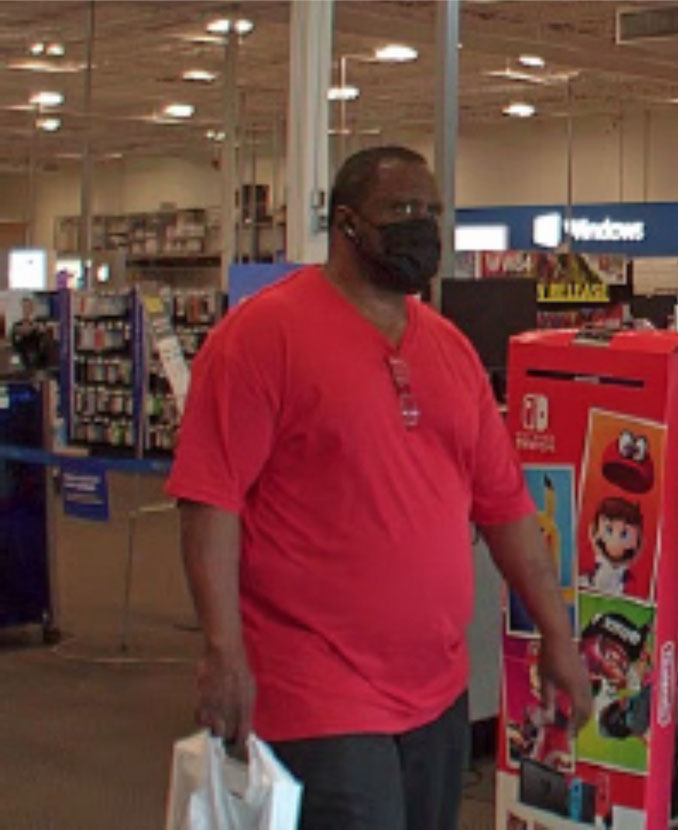 Locker Theft and Credit Card Fraud suspect at Best Buy at Town & Country shopping center in Arlington Heights (SOURCE: Arlington Heights Police Department)
