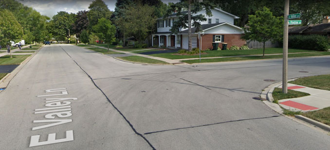 Valley Lane Pinetree Drive Arlington Heights Street View (Image capture: August 2019 ©2021 Google)