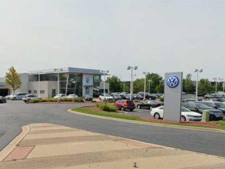 Gurnee Volkswagen, 6301 West Grand Avenue, Gurnee Street View (Image capture August 2019 ©2021)